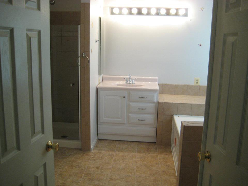 Bathroom & Jacuzzi – Odenton, MD