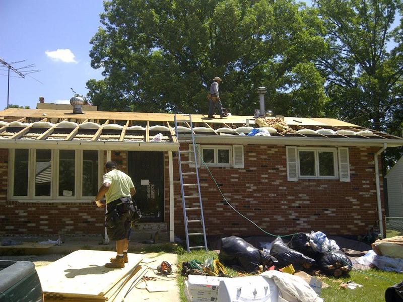 Roof Shingles Insulation & Replacement: Lanham MD